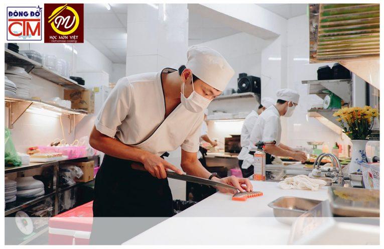 Người đầu bếp chuyên nghiệp cần có những kỹ năng và phẩm chất gì?